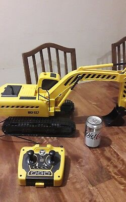 Huge remote control digger!! Must be seen! Great Christmas gift?