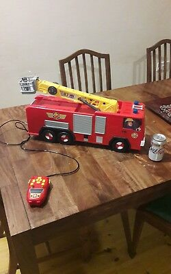 Huge remote control fireman Sam fire engine   Great Christmas gift?