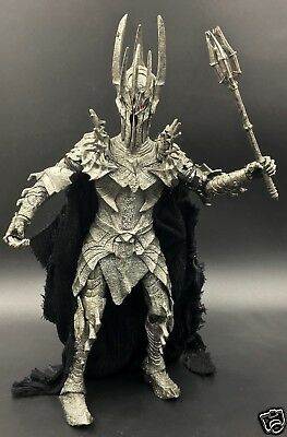 "Lord of the Rings ToyBiz 6"" Scale Electronic Light & Sound SAURON Action Figure"
