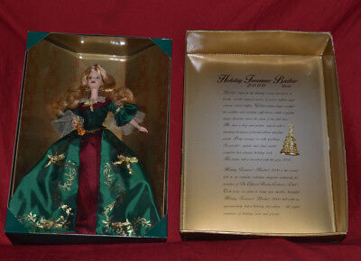 Holiday Treasures 2000 Limited Edition Official Barbie Collectors Club Doll NIB