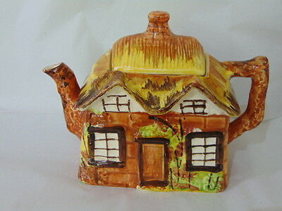 Stunning Collectable, Cottage Ware Teapot