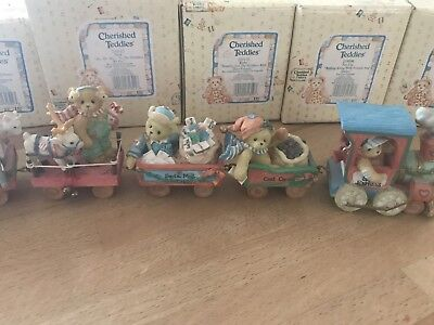 Cherished Teddies Santa Express Includes 8 Pieces And Accessory Set.
