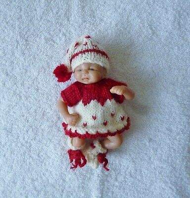 "Hand knitted doll clothes to fit 4.5"" ooak"