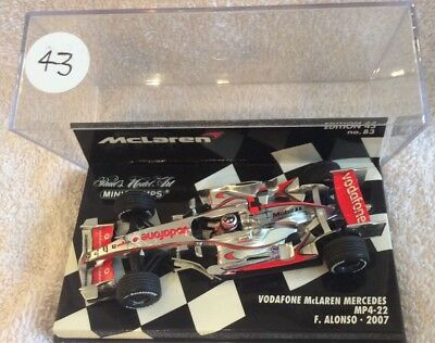 minichamps 1:43. MCLAREN MP4/22 F ALONSO