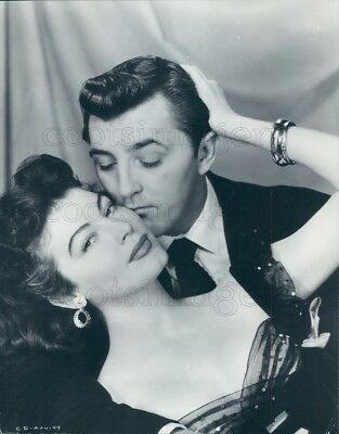 1953 Press Photo Actors Robert Mitchum & Ava Gardner 1950s