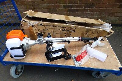 A UNUSED DEMON BC520-1 OUTBOARD MOTOR IN BOX 51cc 170mm PROP
