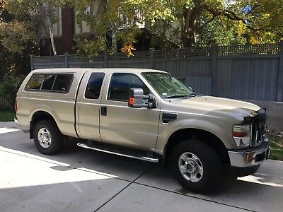 2009 Ford F-250  2009 Super cab V10 4x4 Clean and well maintained.