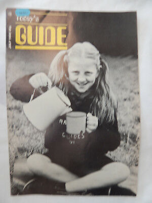 Girl Guides Magazine. July 1985. Rare. FREE P&P