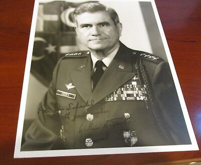 William A. Knowlton Hand Signed Photo....4 Star General/Commander Land forces
