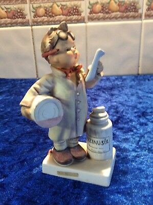 Rare Vintage Hummel Goebel figurine Little Pharmacist  #322 (1964) TMK4 Signed