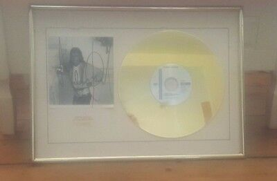 Michael Jackson Limited Edition Autograph Print Framed 'gold Disc' No: 006/50