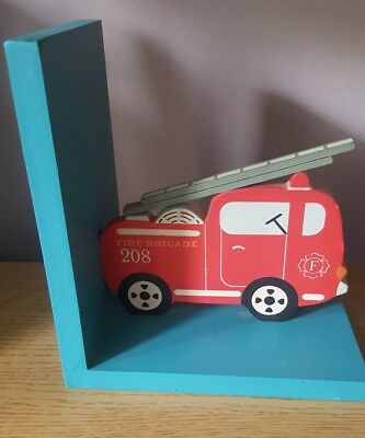 Sass and belle RJB Wooden Boys Bedroom Nursery Fire Engine Transport  Bookends