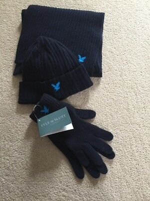 Lyle & Scott Scarf, Hat And Glove Set