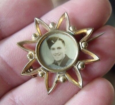 Ww2 Or Earlier Gold Plated Sweetheart Brooch, Photo Of Soldier.