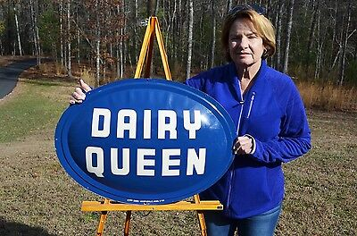 VINTAGE 50's DAIRY QUEEN CONVEX ICE CREAM MILK SIGN SUPER SCARCE UNFINDABLE