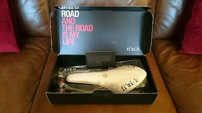 Fizik Arione Kium white saddle - never used, BRAND NEW WITH BOX
