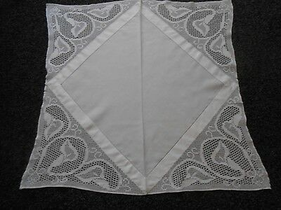Beautiful Pure White Vintage Linen Tablecloth With Crochet Border