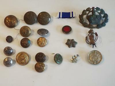 COLLECTION - JOBLOT of MILITARY/BRITISH ARMY BUTTONS & CAP BADGES