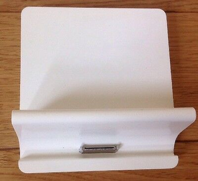 Original Apple iPad 2 / 3 Dock (synch Charge Line Out) A1381