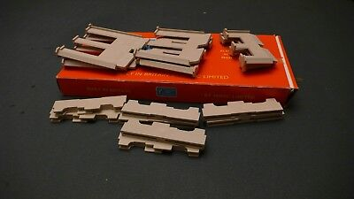 Tri-ang Minic Motorways M1674 Set of Bridge Piers Boxed