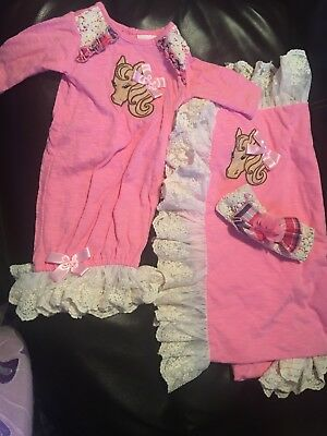 Cach cach pony layette set