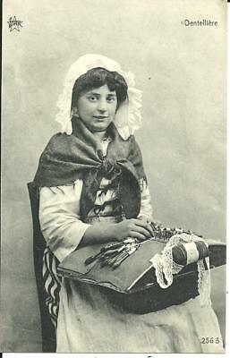 DENTELLIERRE, BELGIUM - YOUNG FEMALE LACE MAKER (PRINTED) c1920