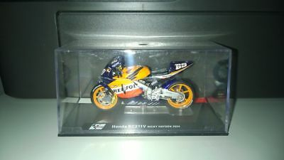 1/24 Die-Cast Moto GP Honda RC211V Nicky Hayden 2004