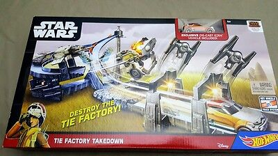 Star Wars  Hot Wheels Factory Takedown Track. 83016-4
