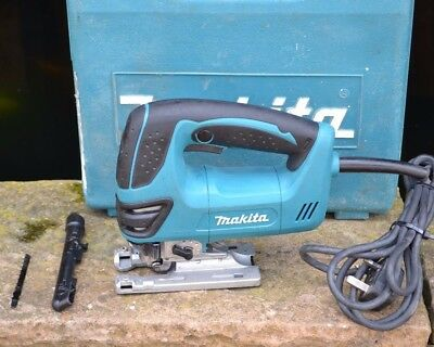 Makita 4350Fct Corded 230V Orbital Action Jigsaw With Carry Case