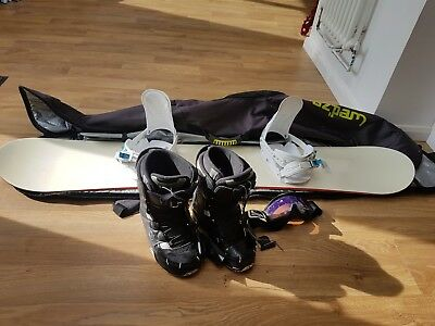 snowboarding equipment, boots goggles bindings snowboard bag