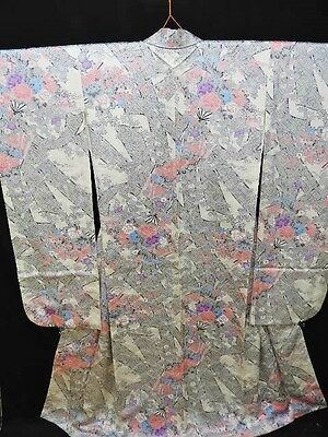 Vintage Japanese Ivory Floral Silk Satin Furisode/Wedding Kimono/Robe/Coat M/L