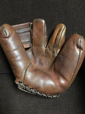 OK Manufacturing Model 3F Stan Musial early endorsement fielders Glove.
