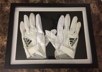 JuJu Smith Schuster #19 Framed Pittsburgh Steelers Game Worn Gloves 9/24/17
