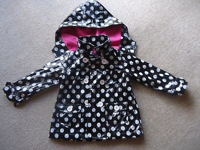 Girls Raincoat Pumpkin Patch Size 3 with detachable hood - Like Brand New