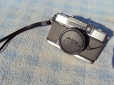 """OLYMPUS-PEN""  MODEL EES-2 35mm CAMERA VINTAGE 1960s  MADE IN JAPAN"