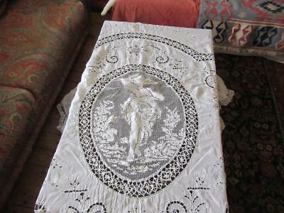 A Superb French Antique White Floral Filet Lace And Crochet Fine Lawn Bedspread