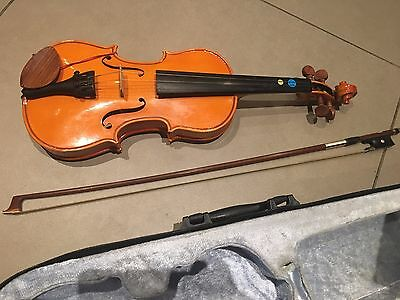 Stentor child's violin and case 1/32 size
