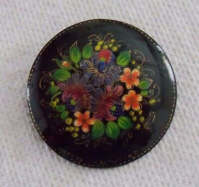 estate Russian Lacquer hand-painted Floral circle brooch signed delicate flowers