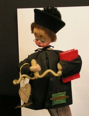 VINTAGE rare KLUMPE JUDGE Doll Spain  WITH 2 TAGS AND ON STAND, NICE