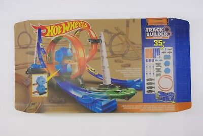 Hot Wheels Track Builder System 35+ - Excellent Condition