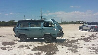 1986 Volkswagen Bus/Vanagon T3 4x4 AWD 1986 VW T3 syncro 1.9TDI Turbo Diesel with westfalia poptop and reimo interior.