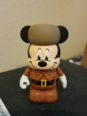 """Disney Vinylmation 3"""" Park 8 Fort Wilderness Mickey Mouse Chaser"""