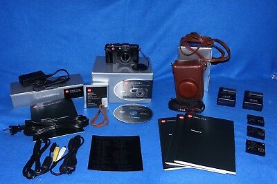 Leica D-Lux 4 Camera.  Excellent Condition.  Many Extras.  No reserve.