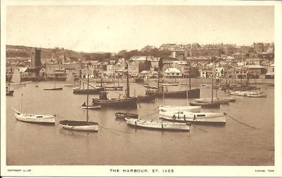 THE HARBOUR AT ST. IVES, CORNWALL (SEPIA PRINTED POSTCARD) TUCK c1950