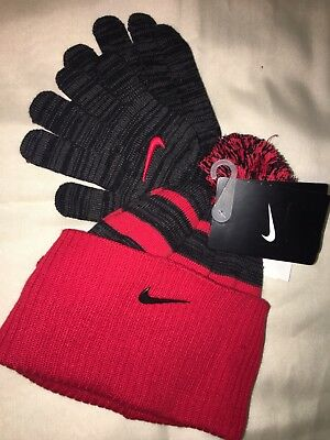 NIke 2 piece Hat Gloves Boys Kids Size 8 - 20 New with tag