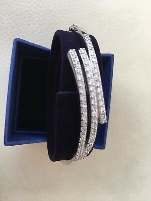 Silver bangle Hallmarked with CZ