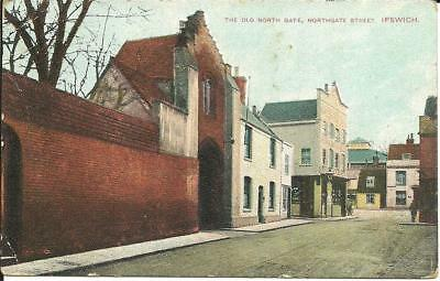 THE OLD NORTH GATE, NORTHGATE STREET, IPSWICH (COLOUR POSTCARD) c1910