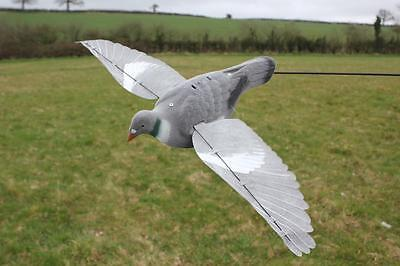 2PRO FLAP Pigeon Decoy Flapping Wings Decoying Shooting for Magent or Bouncer A1