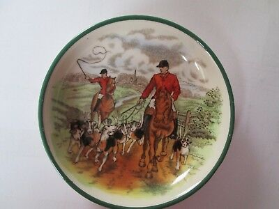 Small Copeland Spode Dish Hunting Scene 'The Hounds'.