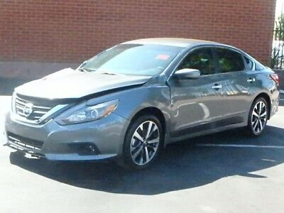 2017 Nissan Altima 2.5 SR Sedan 2017 Nissan Altima 2.5 SR Sedan Wrecked Repairable Only 5K Mi Economical L@@K!!